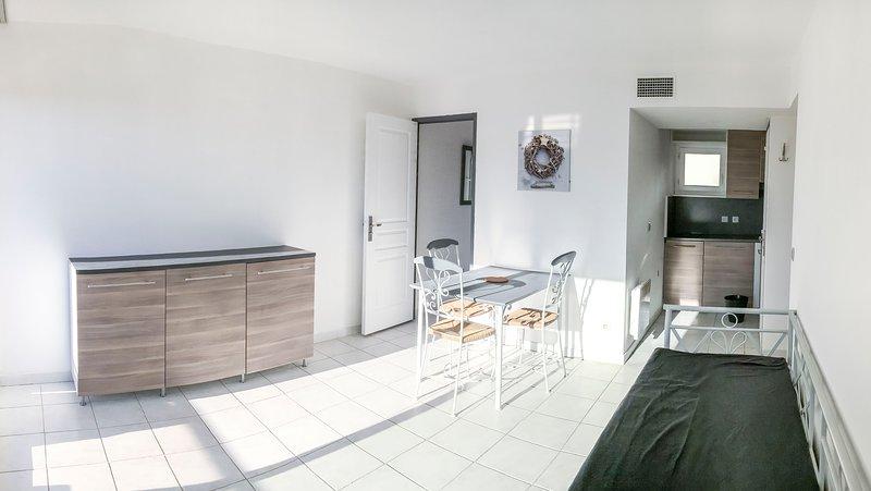 (F) Appart T3 de 40m2 pour 6 pers, terrasse et piscine aux portes de Montpellier, alquiler vacacional en Cournonterral