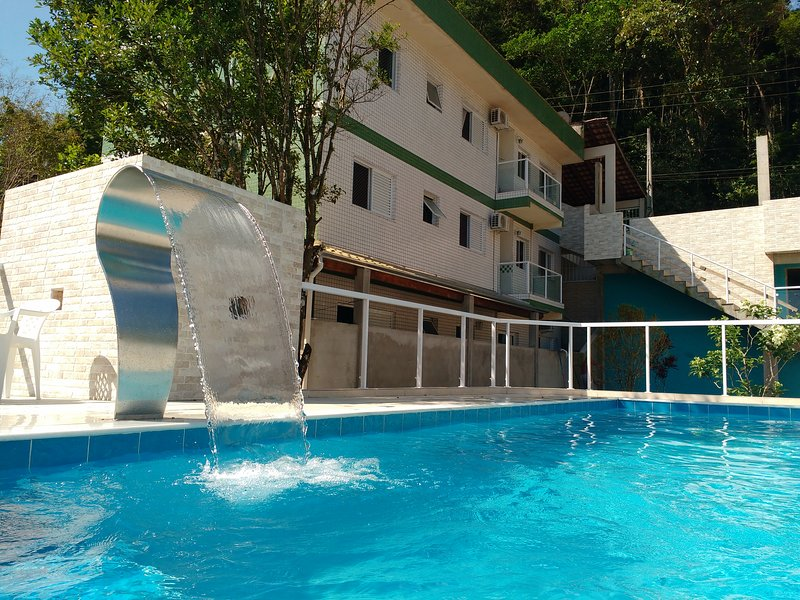 Canto Verde Apartamentos Caraguá, holiday rental in Caraguatatuba