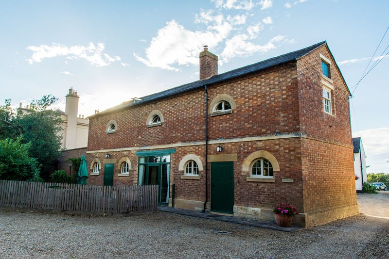 The Coach House, Bragborough Hall, Braunston, family friendly, holiday rental in Weedon