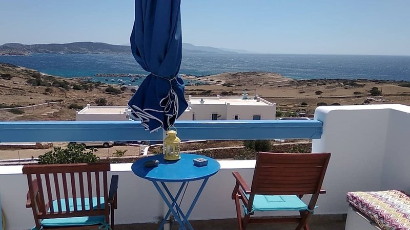 Stella's Home Double Room at Koufonisia, holiday rental in Schinoussa Town