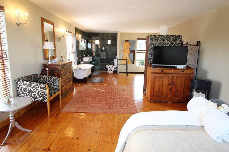 27 ON KENRIDGE, vacation rental in Table Mountain National Park
