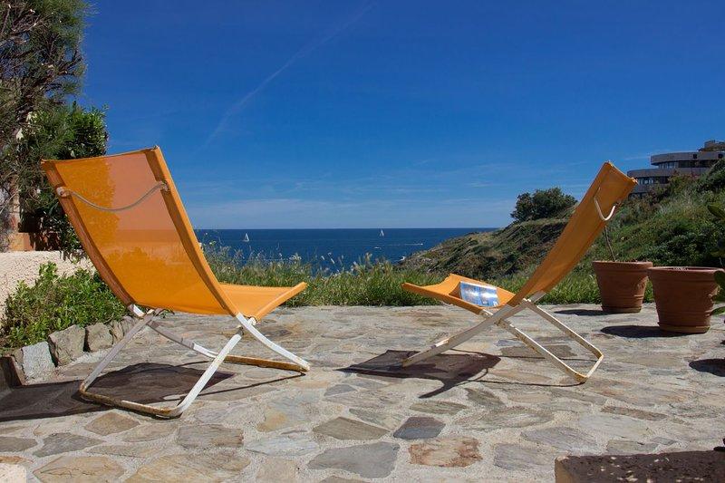 T2 rénové Grande Terrasse Vue Mer et accès direct a la plage, holiday rental in Pyrenees-Orientales