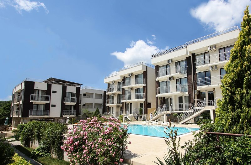 HOLIDAY APARTMENT IN SUNNY BEACH