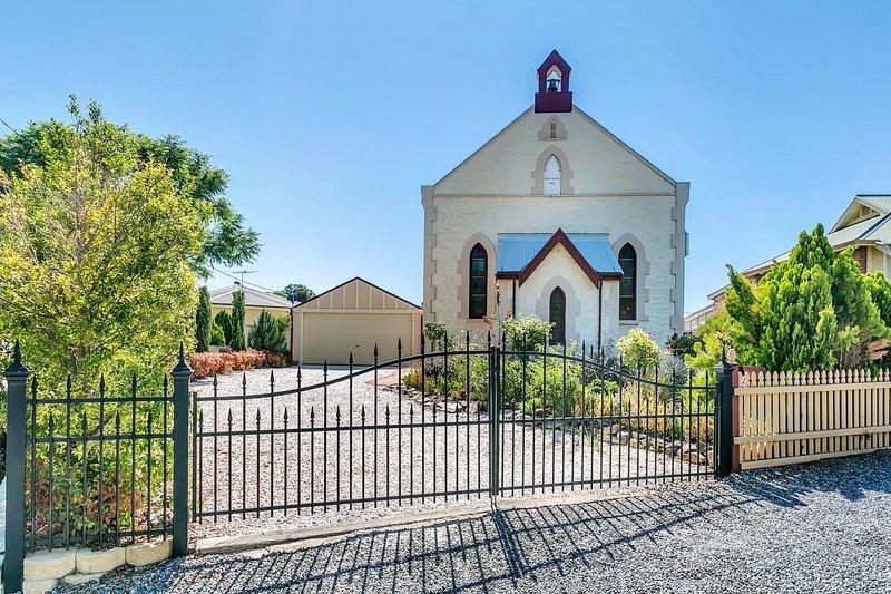 'THE CHURCH' Gawler / Barossa Region, holiday rental in Rosedale