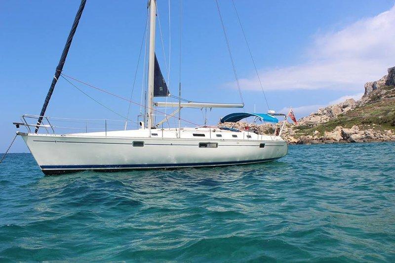 Gems Holiday Yacht. A Unique Way To B&B On Gozo, holiday rental in Ghajnsielem
