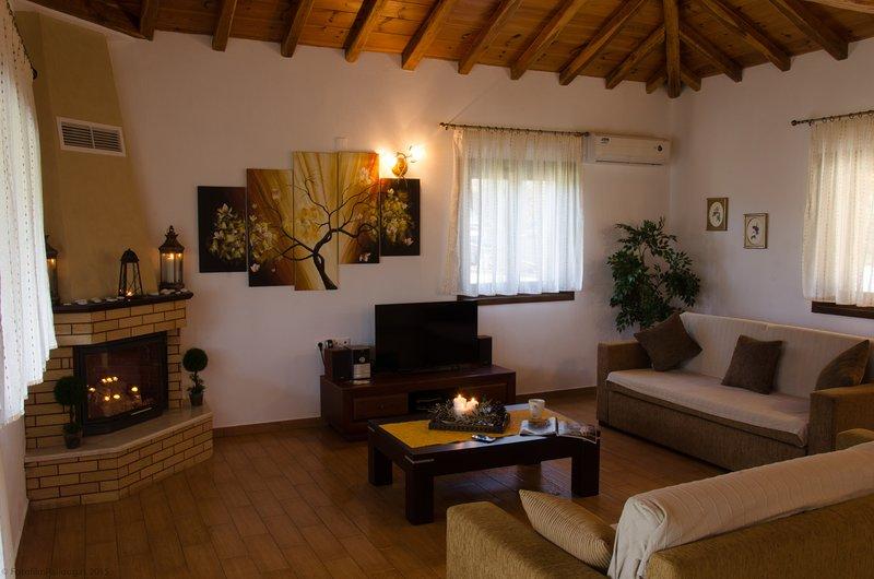 Four Seasons Villas - 'Summer', vacation rental in Troulos