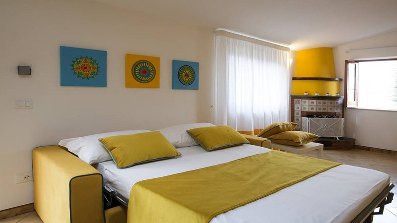 Double bedroom air conditioned/heated at casa mariandre a close to sorrento center tripadvisor home