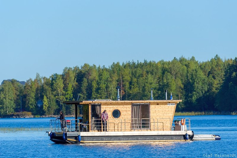 Houseboat Finland: Houseboat Eco-Wood 21 m2/ 4 pers., vacation rental in Petajavesi