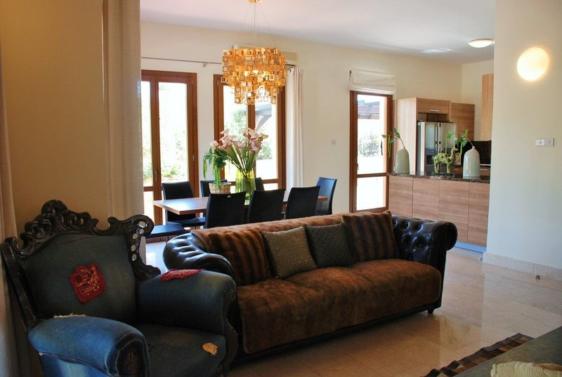 """""""At Last You have Found the Perfect 5 Star Villa"""" – Agapi, holiday rental in Amargeti"""