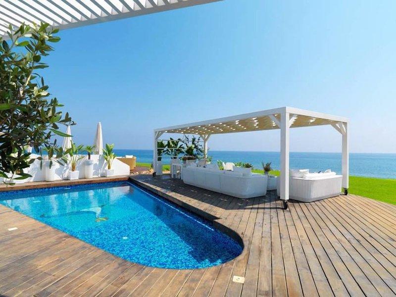 You Will Love This Luxury Villa with Balcony in Protaras, Villa Pernera 1075 – semesterbostad i Pernera