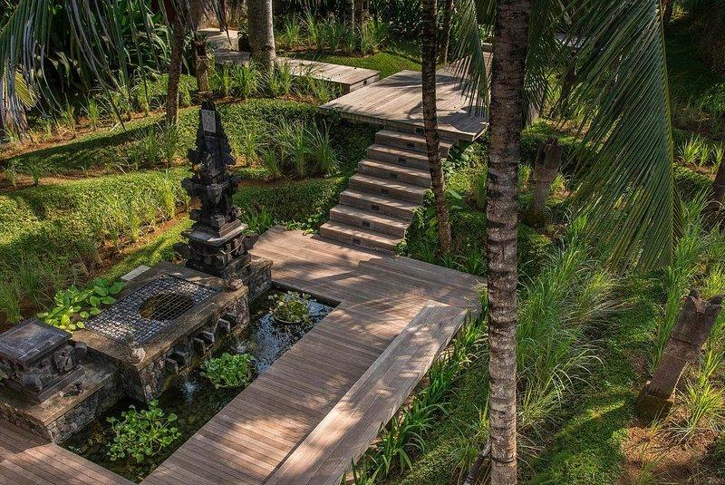 Beautiful 5 Star Villa in a Prime Location in Seseh-Tanah Lot, Bali Villa 1116, alquiler vacacional en Seseh