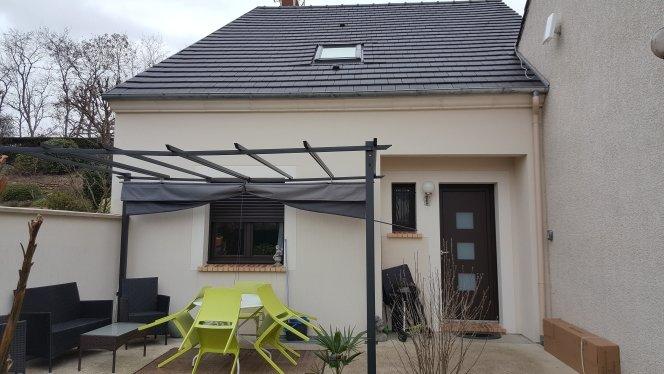 Maison 3 chambres tout confort avec terrasse dans un cadre calme et verdoyant, vacation rental in Saint-Germain-les-Arpajon