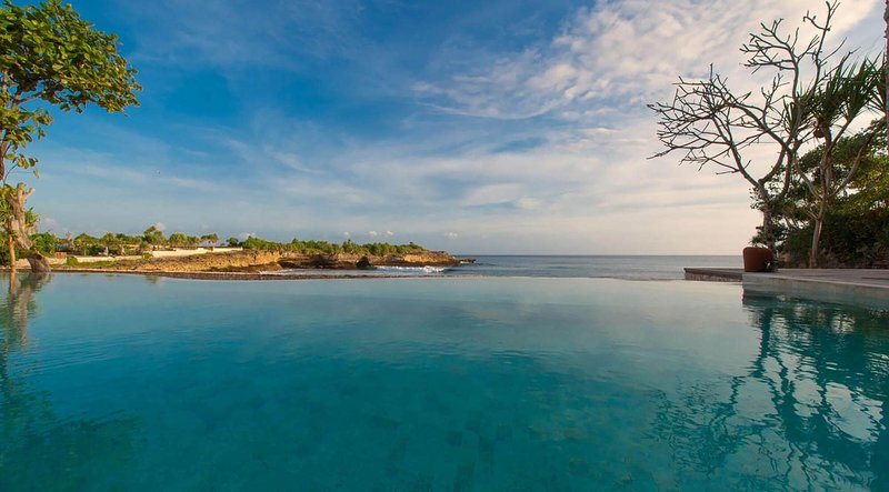 At Last You can Rent a 5 Star Villa with 24/7 Concierge and Private Chef, Bali, location de vacances à Nusa Penida