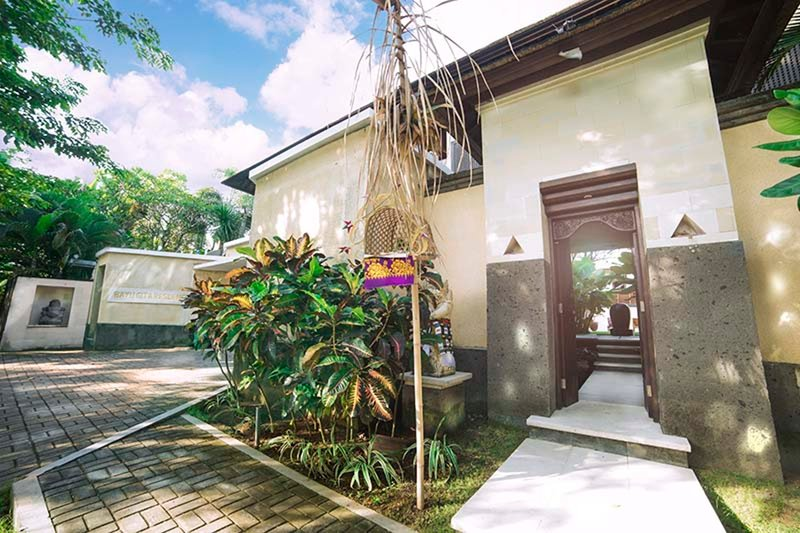 Imagine Your Family Renting This Luxury Balinese Style Villa, Bali Villa 1111, holiday rental in Ketewel