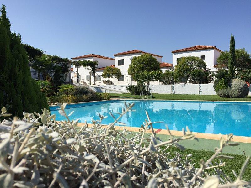 BUNGALOW25!  (WIFI + Parking + BalcónPlus), location de vacances à Salvatierra De Los Barros