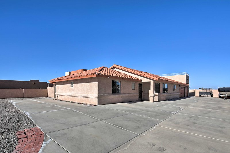 This Lake Havasu City home is a short drive from beaches, shops, bars, & more!