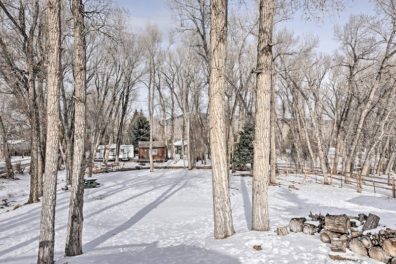 The property sits just a few minutes from downtown Buena Vista!