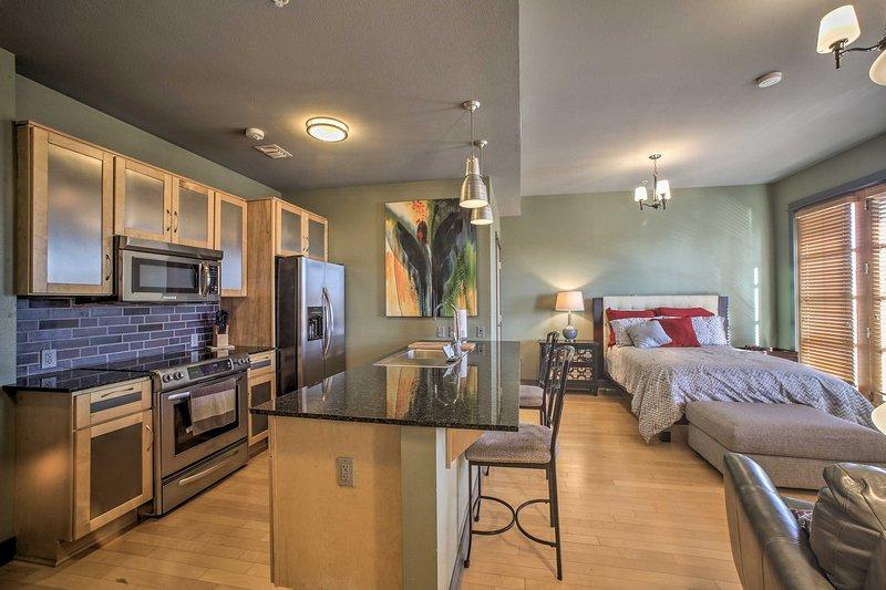 Explore Fayetteville, Arkansas from this luxury vacation rental studio!
