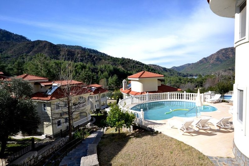 Beautiful Villa with Private Pool, Close to the Beach, Dalaman Villa 1045, holiday rental in Ortaca