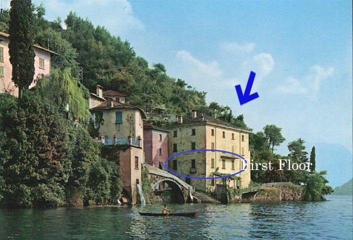 18th century Waterfront Palazzo directly at Comolake with garden, alquiler vacacional en Nesso