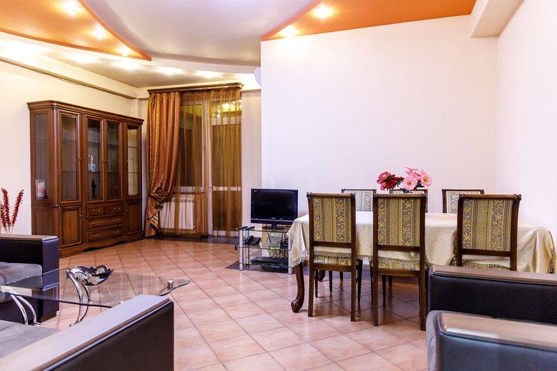 Northern Residence 2 bedroom Apt. (New Building), holiday rental in Yerevan