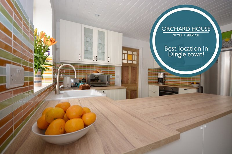 Orchard House - 4 Bedroom House in Dingle!, holiday rental in Lispole