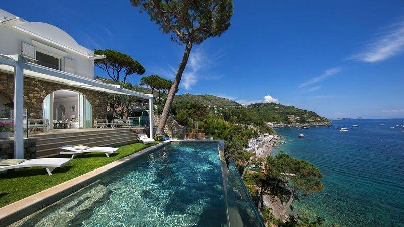 Luxury villa Miranda, holiday rental in Nerano