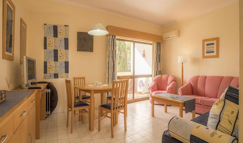 A27 - Brisamar Apartment in Alvor, location de vacances à Figueira
