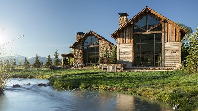 Fish Creek Lodge 11, aluguéis de temporada em Kelly