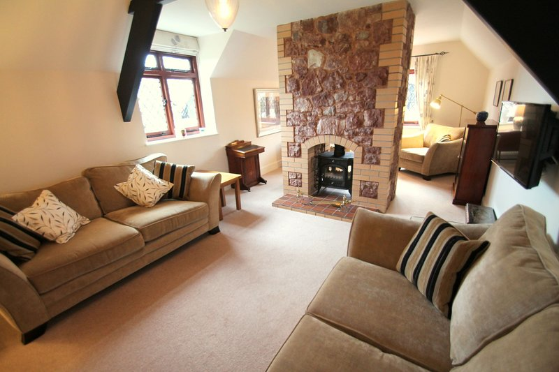 Two Grooms Cottage, Dunster - Spacious property for up to 6 guests in Dunster wi, location de vacances à Dunster