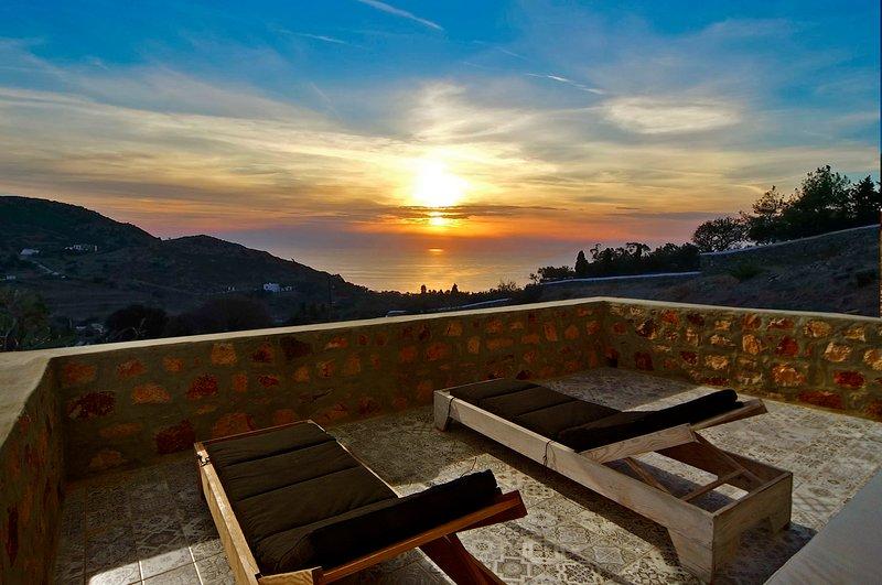 Panoramic Sea & Sunset View, Villa Chora, Patmos, casa vacanza a Grikos