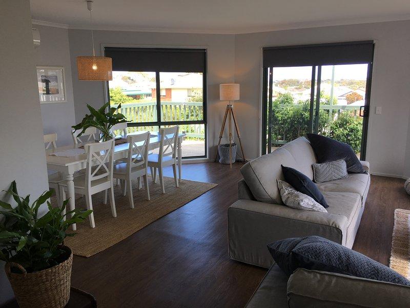San Remo Holiday Home - Free Wifi Pet Friendly, alquiler de vacaciones en Kilcunda