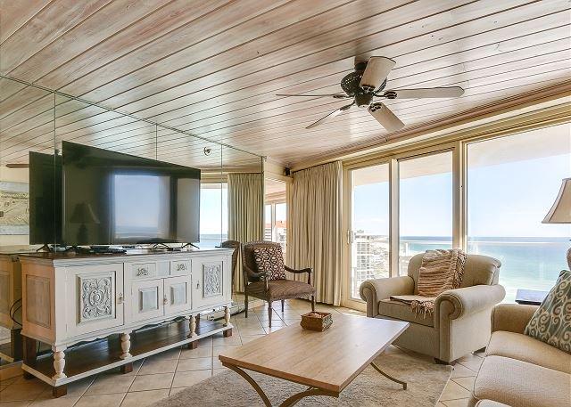 BEACHSIDE II 4367! 2 private balconies, large flat screen TV's, pool, vacation rental in Miramar Beach