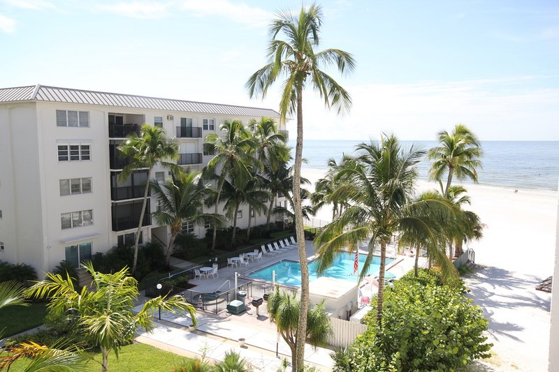 island house beach club 4a has shared outdoor pool unheated and rh tripadvisor com