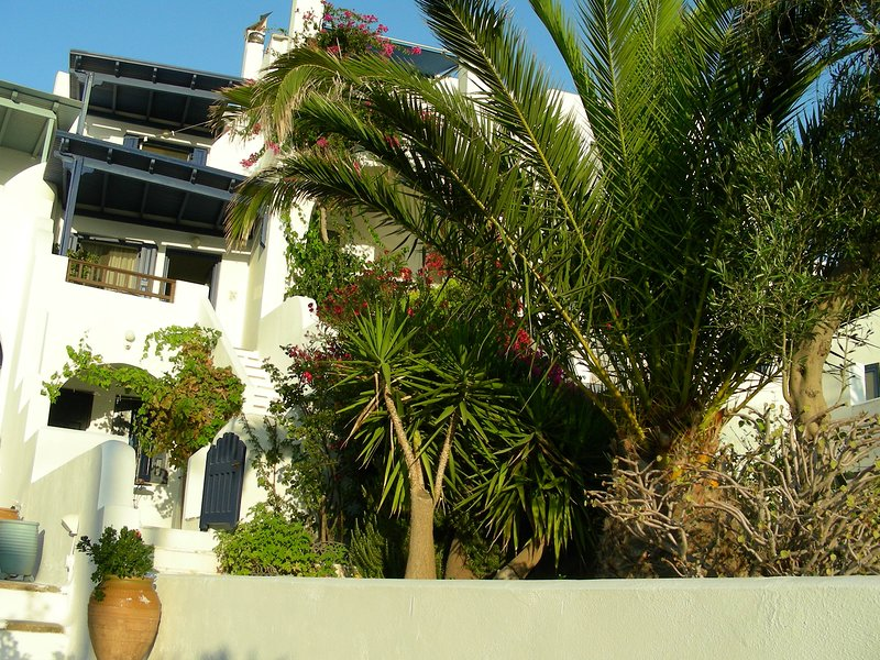 JULIA'S STUDIO NAXOS SEA VIEW, holiday rental in Naxos Town
