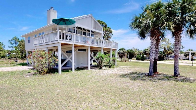 Southern Aloha, vacation rental in St. George Island