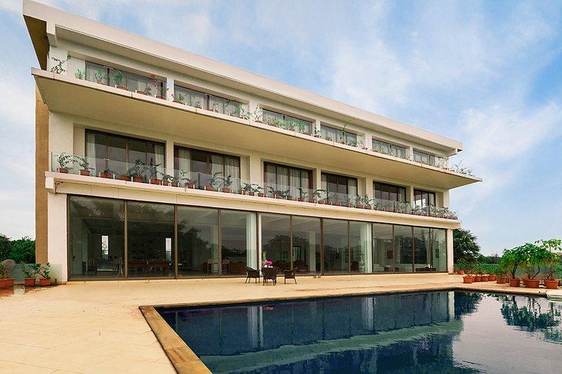 Villa met zwembad in Alibaug