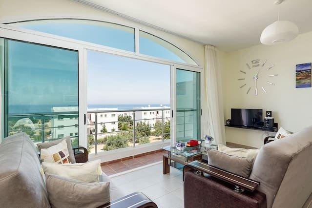 Joya Cyprus Melda Penthouse Apartment, holiday rental in Tatlisu