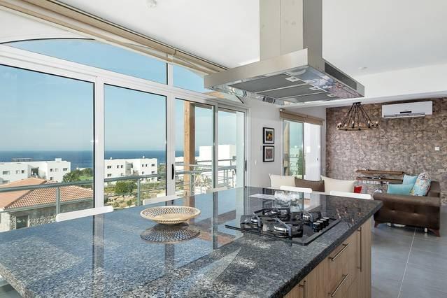 Joya Cyprus Diamond Deluxe Penthouse Apartment, holiday rental in Tatlisu