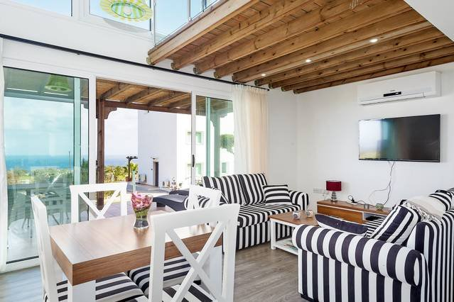 Joya Cyprus Stargazer Garden Apartment, holiday rental in Bahceli