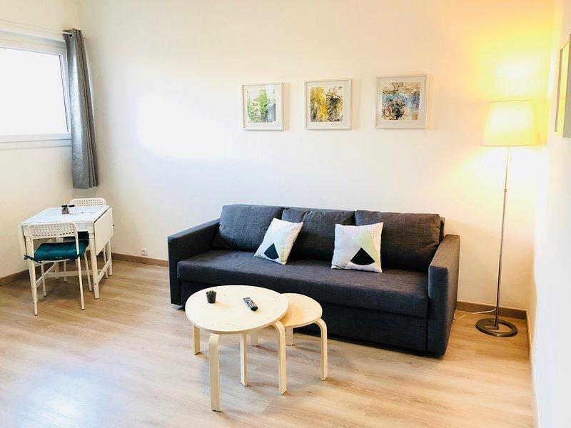 JOLI STUDIO PROCHE PLAGE CATALANS, PHARO ET VIEUX PORT, holiday rental in Marseille