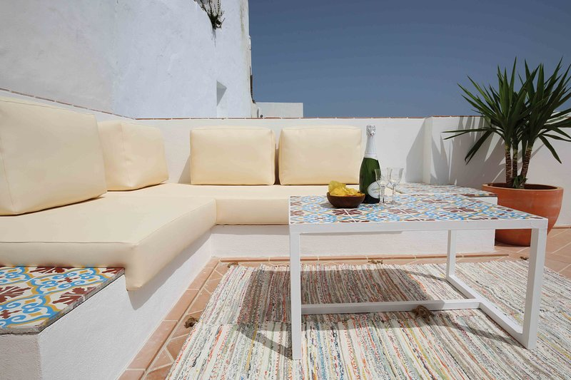 VEJERÍSIMO: 4 habitaciones + 4 baños - terraza con vistas espectaculares – semesterbostad i Vejer de la Frontera