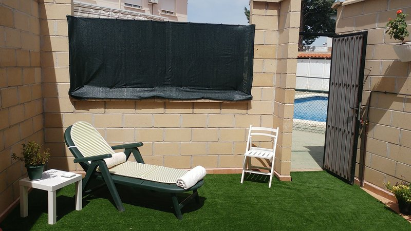Casa Con Piscina Comunitaria, holiday rental in Daimiel