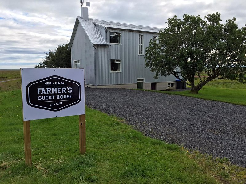 Farmer's Guest House, vacation rental in Hella
