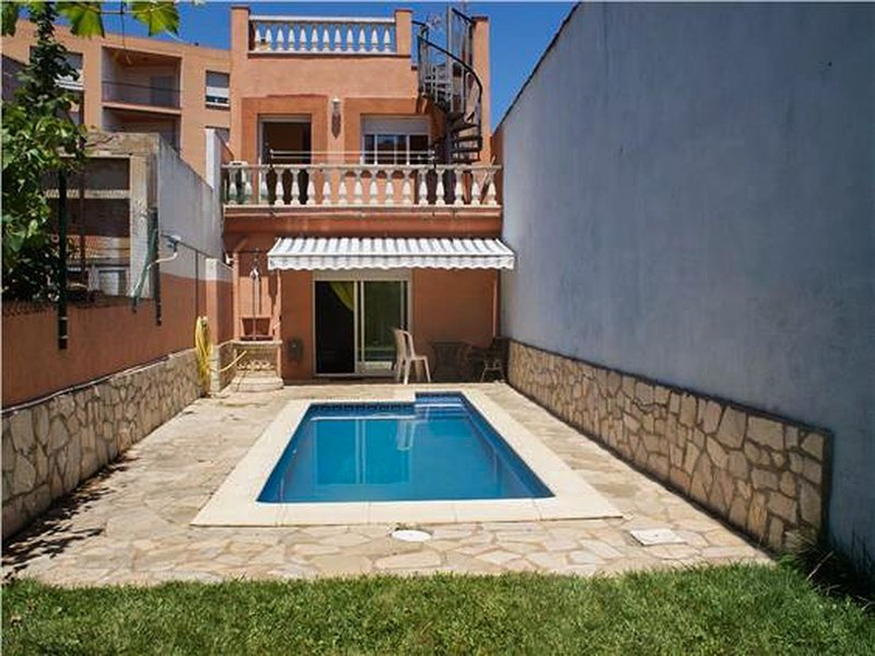 BEAUTIFUL HOUSE WITH SWIMMING POOL IN PALAFRUGELL, holiday rental in Mont-ras