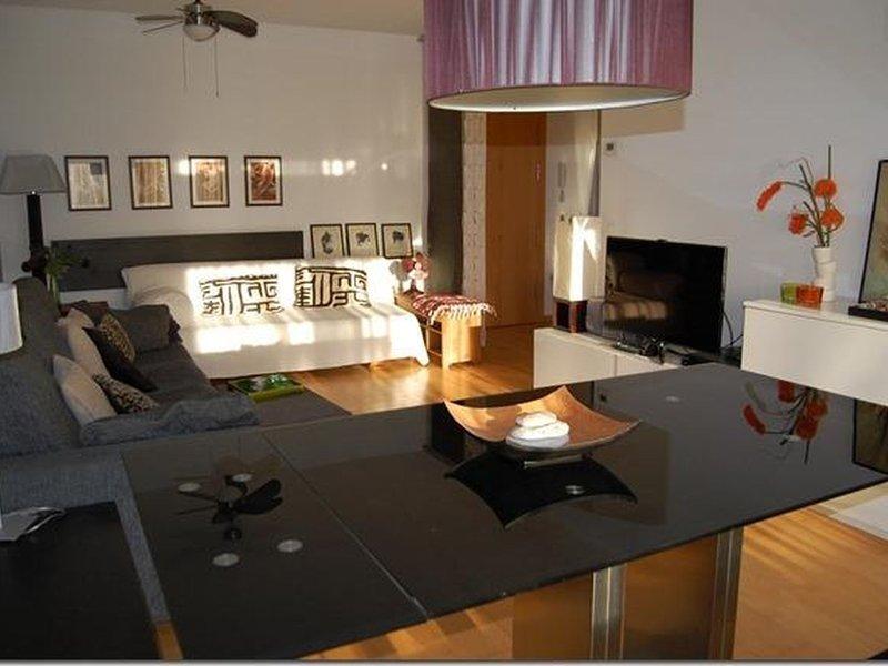 Beautiful apartment in Palamós, location de vacances à Vall-Llobrega
