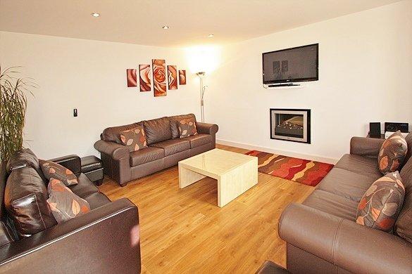 East Byre sala de estar en cocina / comedor / sala de estar de planta abierta