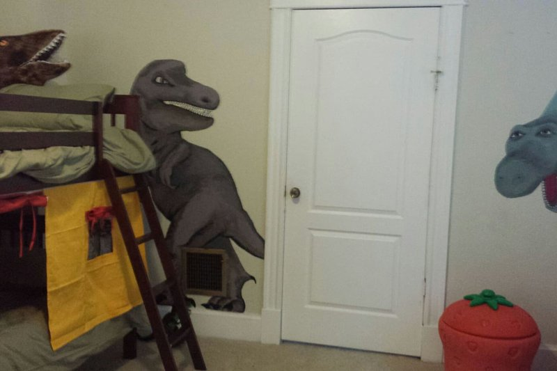 Dinosaur Kids Room: with plenty of books games, dress up and toys for little ones to play with.