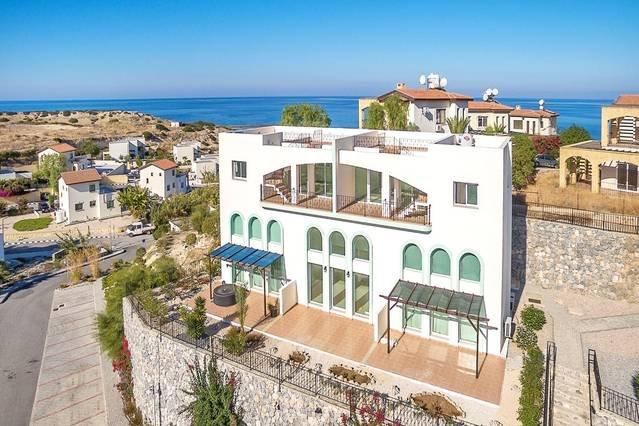 Joya Cyprus Marvel Penthouse Apartment, location de vacances à Bahceli