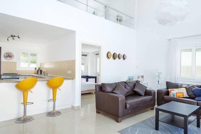Joya  Cyprus Neptune Garden Apartment, holiday rental in Bahceli